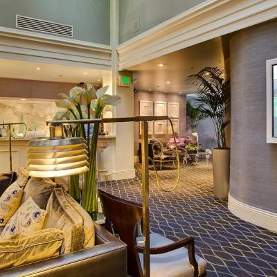 Hospitality Hotel Screen Lobby